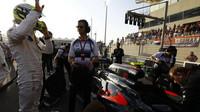 Jenson Button před závodem v Abú Zabí