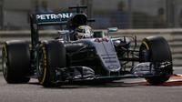 Hamilton si nebere servítky a strhal současnou F1. Jedna věc ho ale naplňuje optimismem - anotační foto