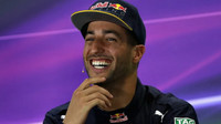 Daniel Ricciardo po kvalifikaci v Abú Zabí