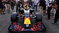 Daniel Ricciardo před závodem v Abú Zabí