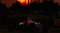 Carlos Sainz v závodě v Abú Zabí