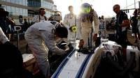 Felipe Massa před závodem v Abú Zabí