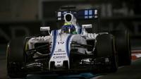 Felipe Massa v závodě v Abú Zabí