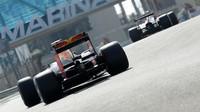 Red Bull následuje Ferrari během posledního dne testů nových pneumatik v Abú Zabí
