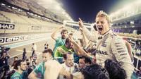 Nico Rosberg si konečně splnil svůj velký klukovský sen