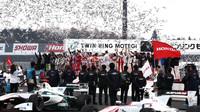 Piloti Hondy děkují svým fanouškům, Honda Thanks Day 2016