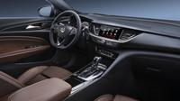 Vauxhall Insignia Grand Sport je rozhodně jedním z nejhezčích aut svého segmentu.