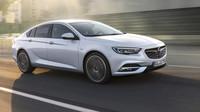 Opel Insignia Grand Sport je rozhodně jedním z nejhezčích aut svého segmentu.