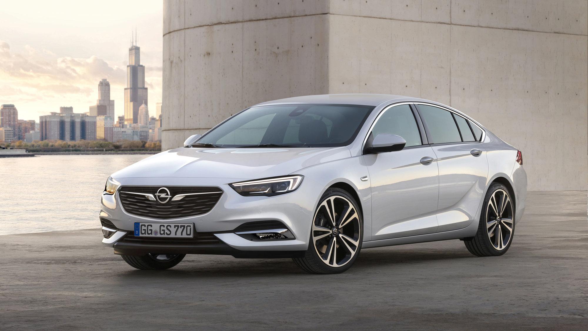 Opel Insignia Grand Sport svým vzhledem zadupe konkurenci, technikou se jí vyrovná - anotační foto