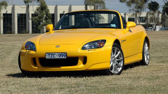 Honda minulý měsíc prodala v Austrálii úplně nový kus roadsteru S2000.
