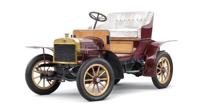 Laurin & Klement Voiturette A, první automobil s Mladé Boleslavi.