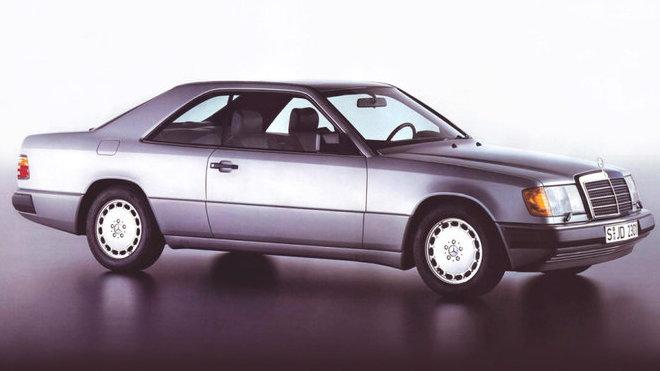 Nezničitelné kupé Mercedesu oslaví třicetiny. Je elegantnější než většina dnešních aut - anotačné foto