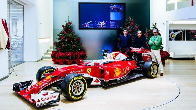 Maurizio Arrivabene, Sergio Marchionne a Mattia Binotto se před vánoci sešli se zástupci médií
