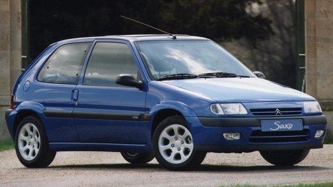 Najít dnes Citroën Saxo VTS bez tuningových doplňků je problém.