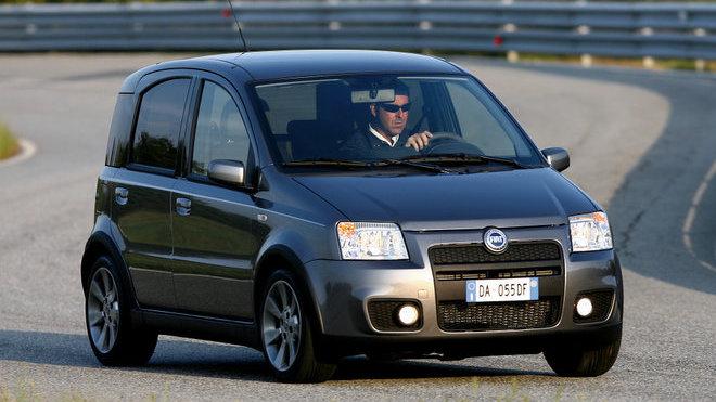 Fiat Panda 100HP je dostupnou cestou ke kapesní raketě.