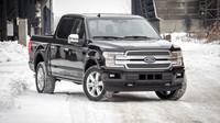 Ford F-150 dostal pro nový modelový rok modernější design a více chytrých prvků.
