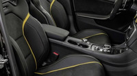 Mercedes-AMG GLA 45 Yellow Night