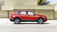 Škoda Kodiaq od Volkswagenu přichází. Tiguan ještě nikdy nebyl větší, nemá ale DSG - anotační foto