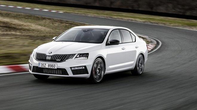 Škoda Octavia RS přichází na český trh.