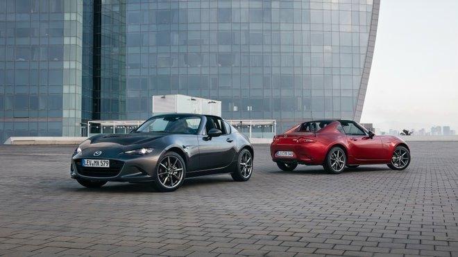 Proč je Mazda MX-5 RF v základu tak drahá? A kolik stojí automat? - anotační foto