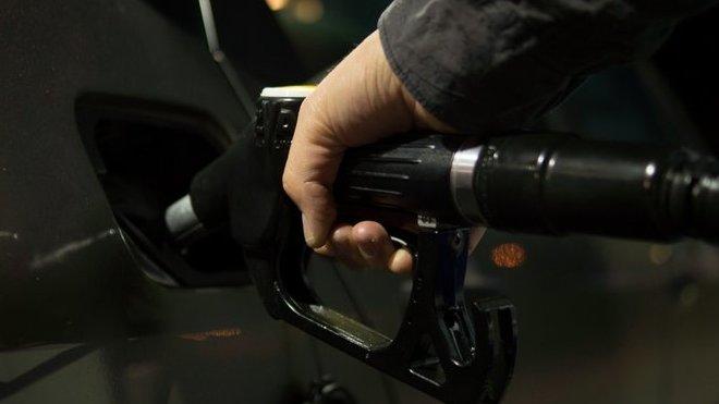Jak fungují triky na snížení spotřeby paliva? Budete v šoku - anotační foto