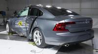 Volva S90 a V90 patří k nejbezpečnějším autům na světě.