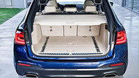 BMW představilo řadu 5 Touring s elegantním designem a velkým kufrem.