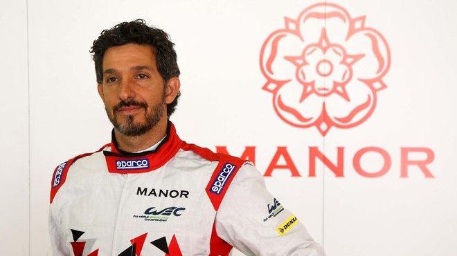 Roberto Gonzales v kombinéze týmu CEFC Manor TRS Racing