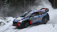 Thierry Neuville na trati Rally Sweden 2017