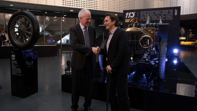 Ředitel Pirelli Marco Tronchetti Provera (vlevo) a Alex Zannardi