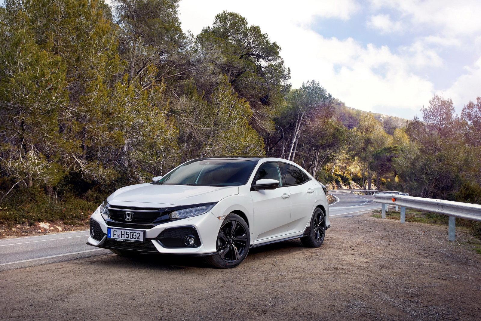 Honda Civic desáté generace přichází na náš trh.