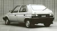Škoda Favorit se poprvé představila v září 1987 v Brně.