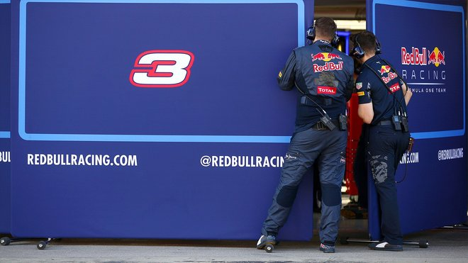 Nový Red Bull RB13 je tady a povedl se + VIDEO - anotační obrázek