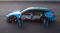 Peugeot Instinct je nejnovější ukázkou propojení mobilních technologií a auta.