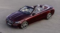 Kabriolet uzavírá nabídku Mercedesu-Benz třídy E.