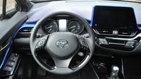 Toyota C-HR 1.8 Hybrid (2017)