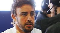 Alonso se učí u Montoyi, dvojnásobného vítěze Indy 500 - anotační foto