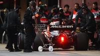 Alonso: Grand Prix není charitativní akce, aby se jen tak zabalila - anotační foto