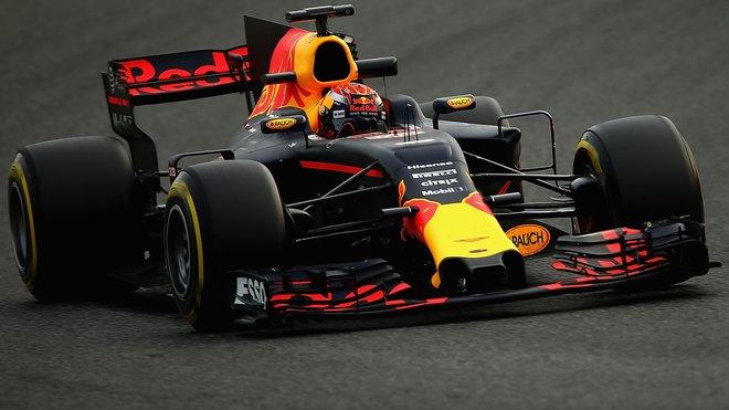 Max Verstappen s vozem Red Bull RB13 během druhých předsezónních testů v Barceloně