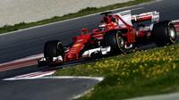 Kimi Räikkönen s Ferrari SF70H během prvního týdne předsezónních testů v Barceloně