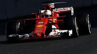 """Provedení """"nevzhledných"""" prvků a la Ferrari"""