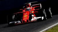 Kimi Räikkönen s Ferrari SF70H zajel nejrychlejší čas testů v Barceloně