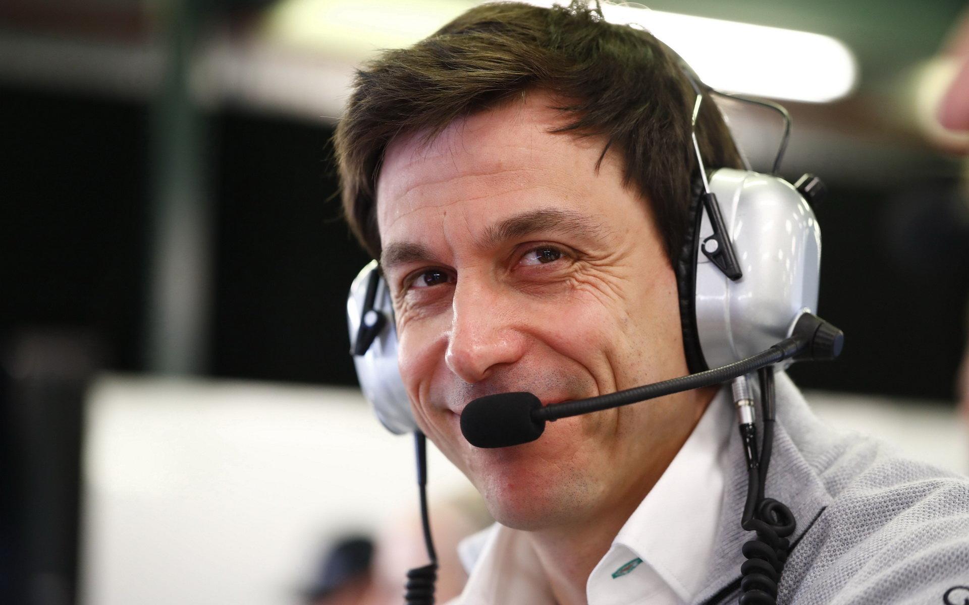 Toto Wolff jedná o podobném partnerství, jaké uzavřelo Ferrari se Sauberem