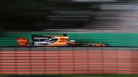 Fernando Alonso s McLarenem v Austrálii