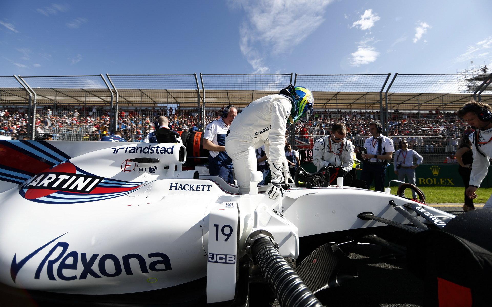 Felipe Massa před prvním závoděm sezóny v Austrálii