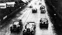 Start prvního ročníku závodu v Le Mans (1923)