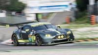 Aston Martin Vantage GTE při prologu v Monze