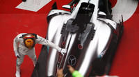 Lewis Hamilton zvítězil v závodě v Číně