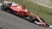 Sebastian Vettel v závodě v Číně