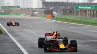 Max Verstappen v cíli závodu v Číně
